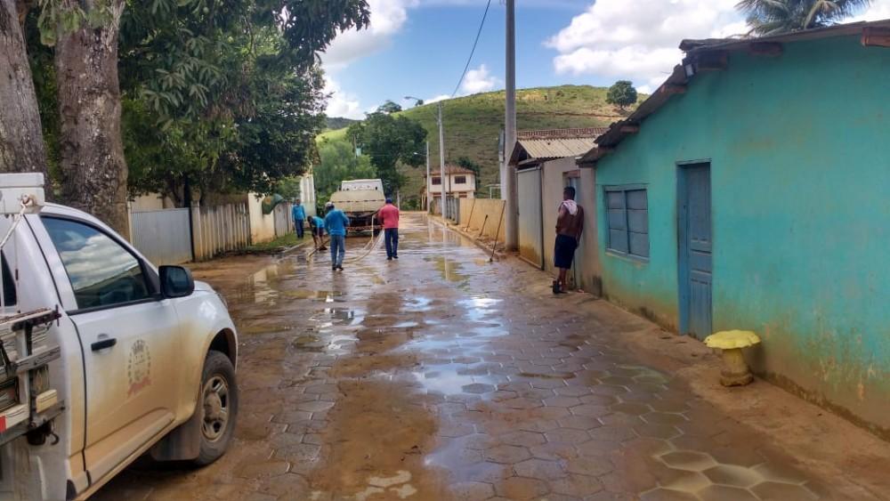 Comunidade de Santa Helena em Rio Bananal ganha iluminação pública