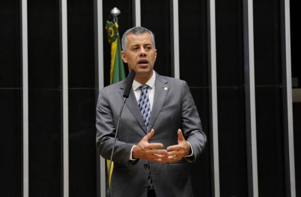 Deputado Evair de Melo apresenta projeto que altera regras de prisão em período eleitoral