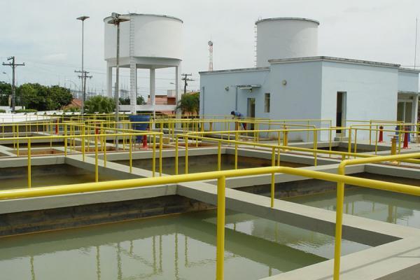 Abastecimento de água no Interlagos e BNH é normalizado
