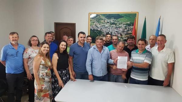 Assinada a Ordem de Serviço para pavimentação de ruas de Vila Valério