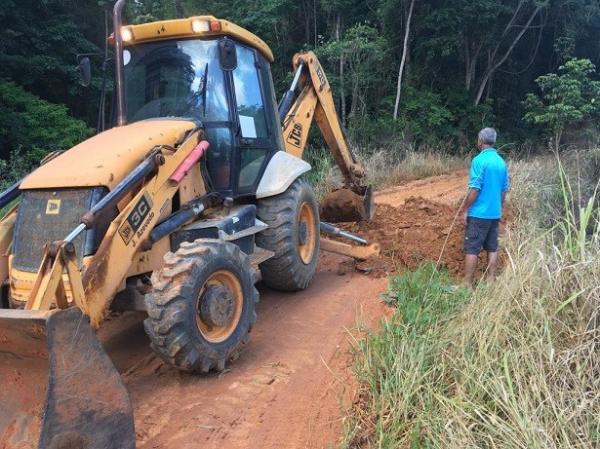 Prefeitura realiza manilhamento em trecho de São Jorge de Tiradentes