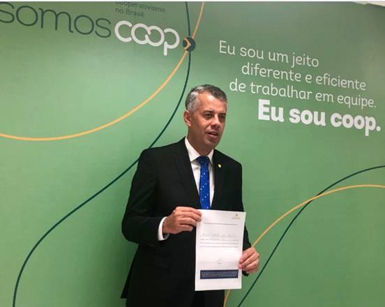 Evair de Melo será o presidente da Frente Mista do Cooperativismo