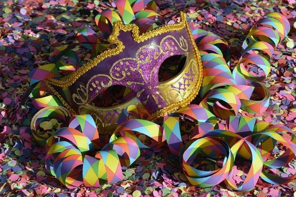 Confira 5 dicas de saúde bucal para cair na folia do Carnaval
